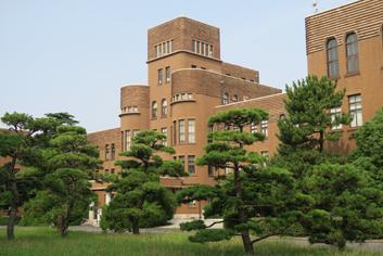 旧工学部本館